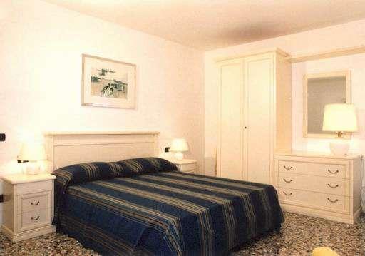 Double bedroom apt Belvedere